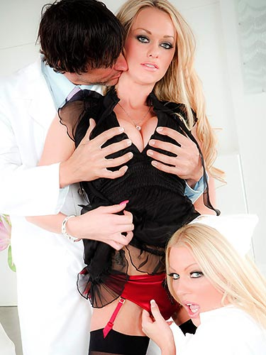 Paige Ashley big cock threeway with her best friend Cindy Behr